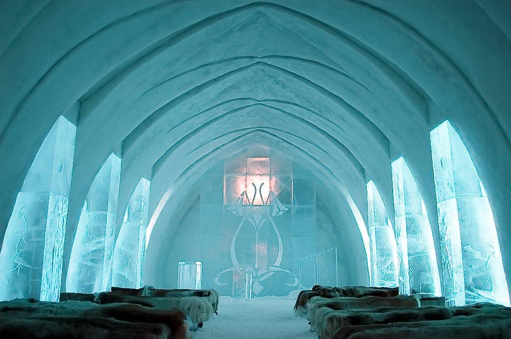 Franco ice hotel ghiaccio igloo